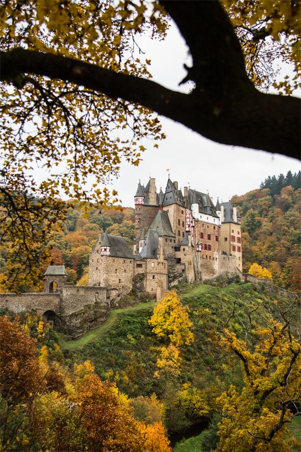 Burg_Eltz_2